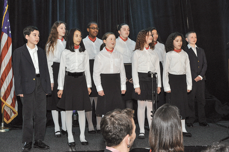 Continuing a Difference Makers tradition, the Children's Chorus of Springfield kicked off the festivities. Led by Wayne Abercrombie, artistic director, the chorus performed three inspiring songs.
