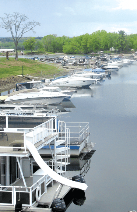 Oxbow Marina in Northampton