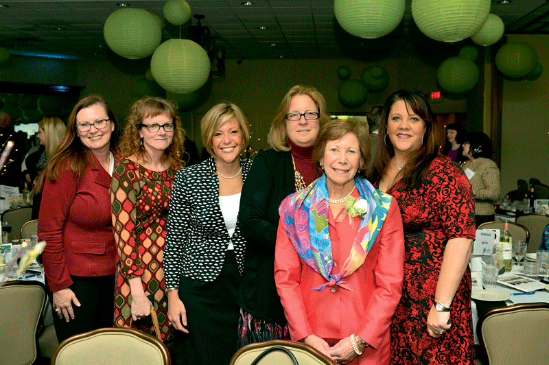 From left, from Square One, Dawn DiStefano, Bonnie Katusich, Kristine Allard, Karen Smith, 2017 Difference Maker Joan Kagan, and Andrea Cincotta.