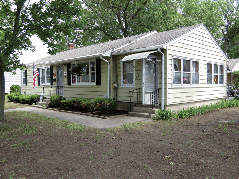 nondescript house on Pendleton Avenue in Chicopee