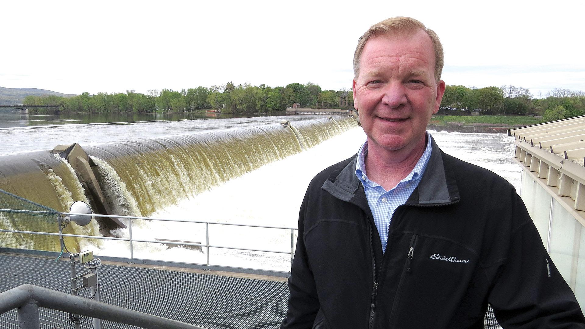 Holyoke G&E Manager Jim Lavelle