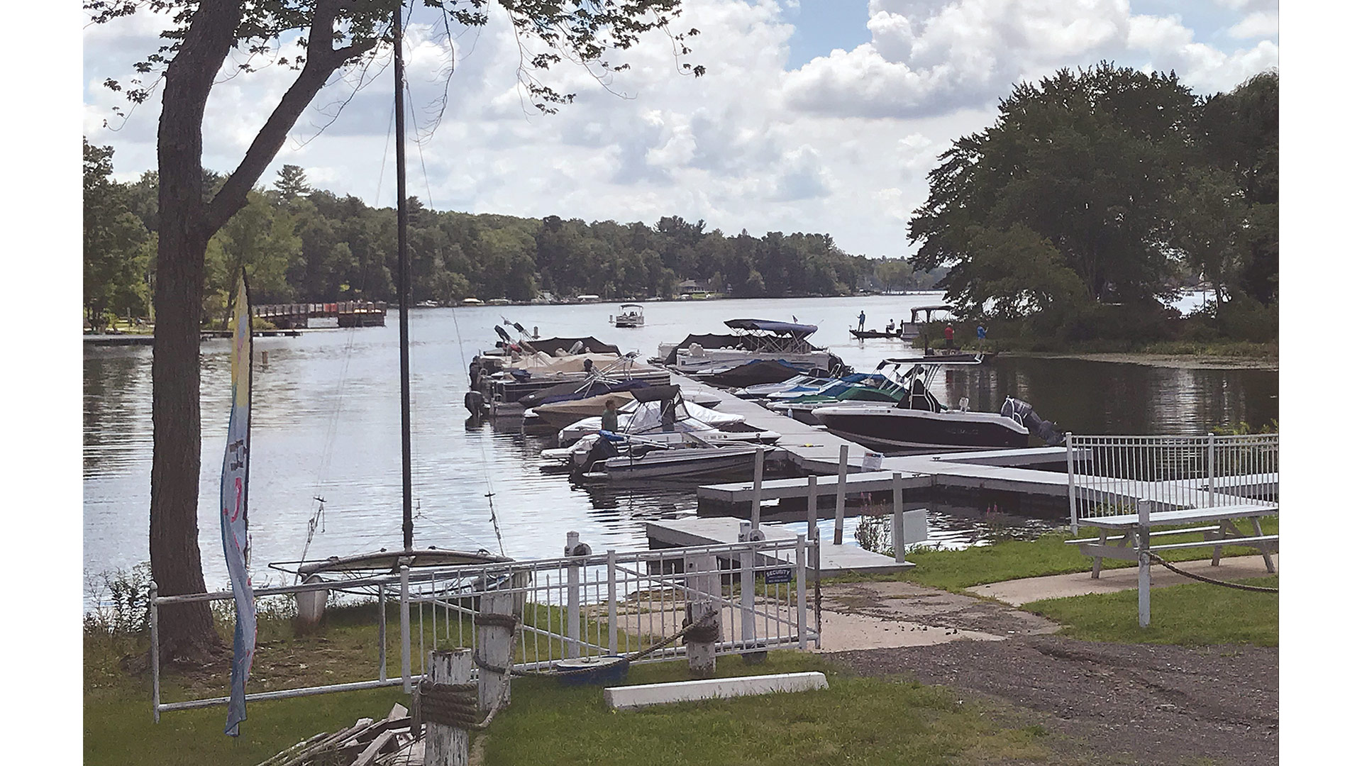 The town treated the Congamond Lakes in the spring of 2020